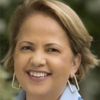 Headshot of Karla Soares-Weiser